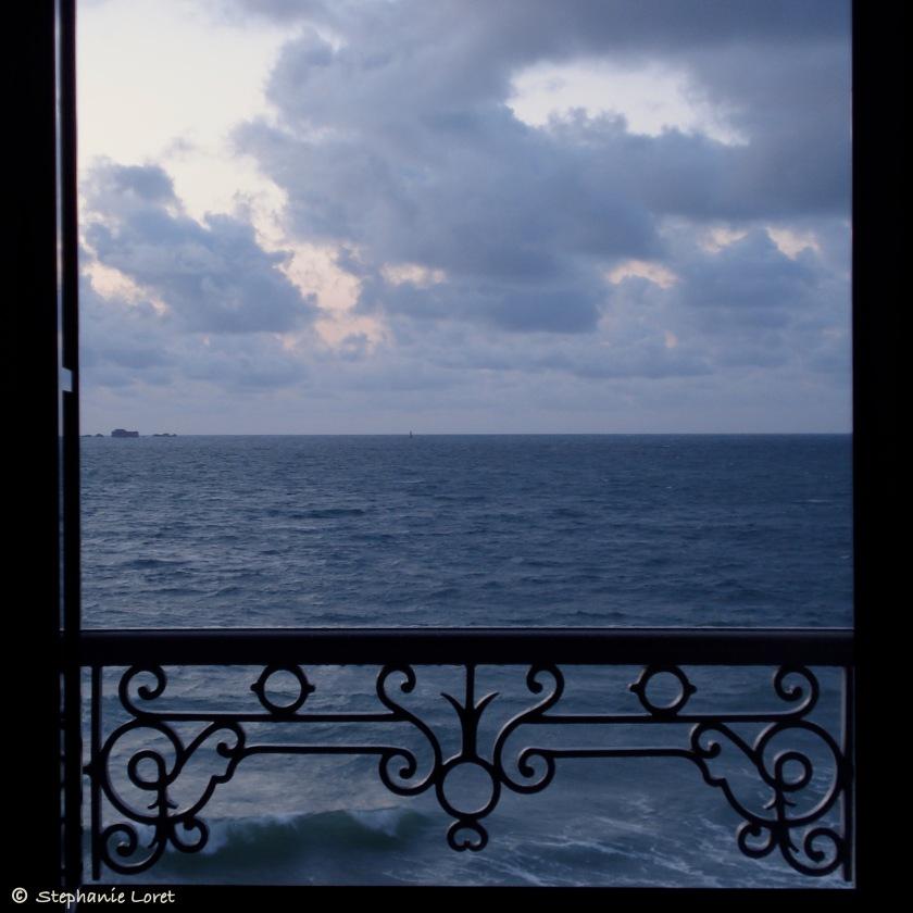 #12 Par la fenêtre
